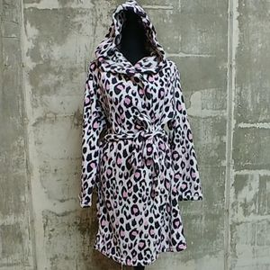 Bobbie Brooks animal print bath robe